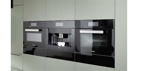 Kaffeevollautomaten CVA 6805 Farbe Obsidianschwarz Miele