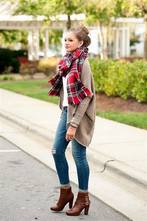 20 Ways to Wear Ankle Boots for the Season - Pretty Designs
