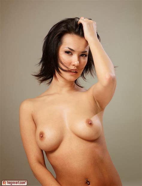 Japanese Pornstars Maria Ozawa Nude Pics B Pics