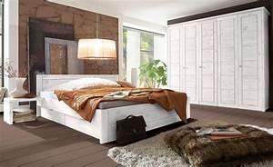 Schlafzimmer Massivholz Landhausstil : schlafzimmerm bel landhausstil wei ~ Markanthonyermac.com Haus und Dekorationen