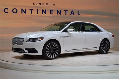 lincoln continental picture  car review