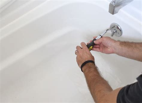 hometalk   unclog  bathtub drain  easy