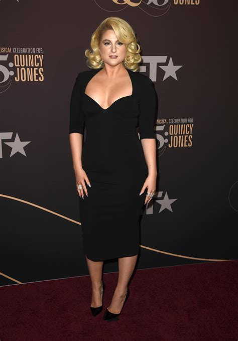 meghan trainor  black dress fashion lookbook