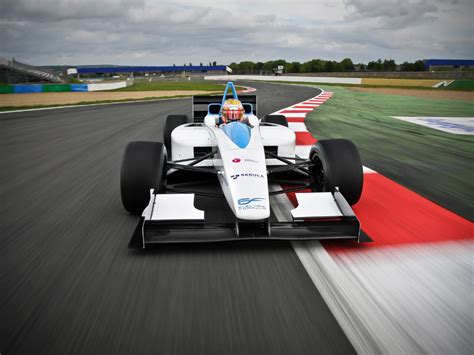 New Electric Car Race Series Lines Up On The Grid [video]