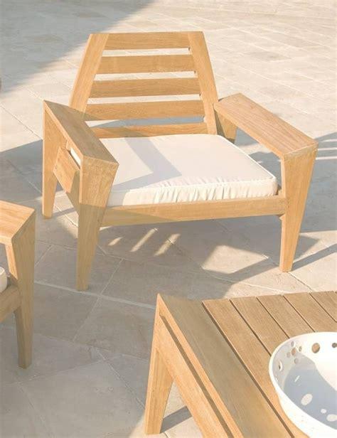 vente privee chaise table de jardin bois pas cher ekipia