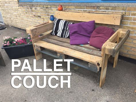 Make Sofa Out Of Pallets