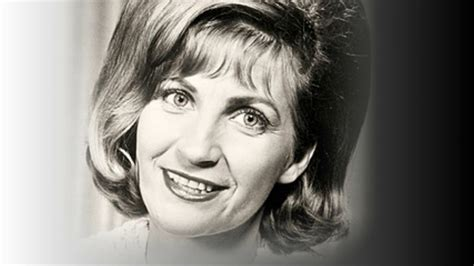 Subscribe to the country road tv youtube channel.free! ♔Skeeter Davis - I Really Want You To Know♔ - YouTube