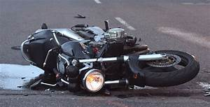 Accident N20 Aujourd Hui : deux morts dans un accident de la route pr s de sidi ifni aujourd 39 hui le maroc ~ Medecine-chirurgie-esthetiques.com Avis de Voitures