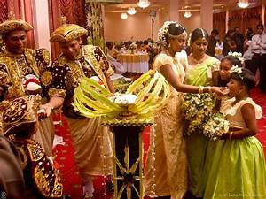 Photo Collection of Sinhala Traditional wedding Festival