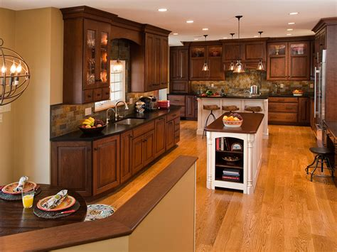 building traditional kitchen cabinets traditional kitchens designs remodeling htrenovations 4984
