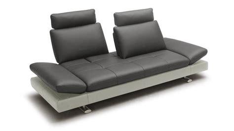 produit pour canapé cuir canapé 3 places relax cuir minho mobilier moss