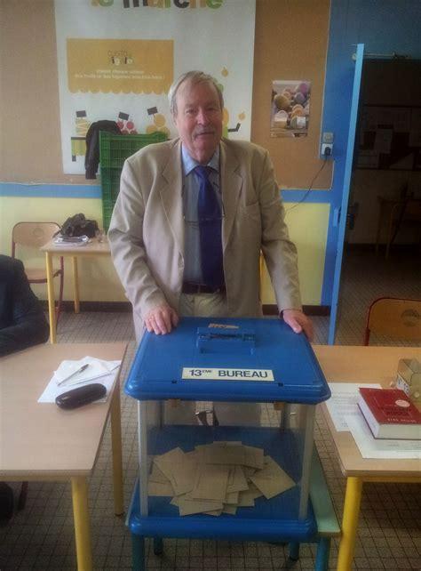 savigny sur orge au bureau de vote n 176 13 10 juin 2012 savigny avenir