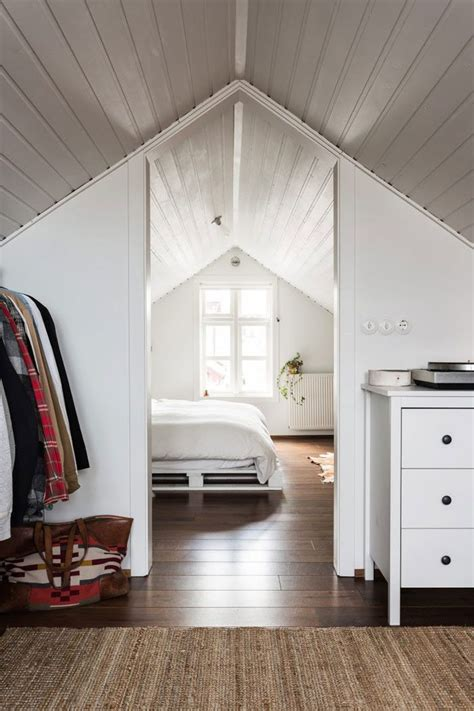 idea for small bathroom best 25 attic bedrooms ideas on attic
