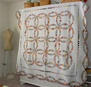 double wedding ring quilt sewluxesew With wedding ring quilt