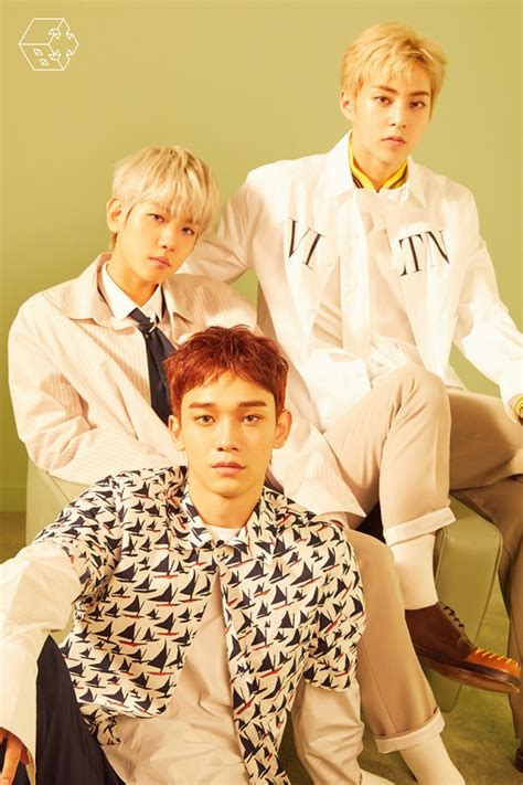 exo cbx blooming day exo cbx look like 3 princes in blooming days group