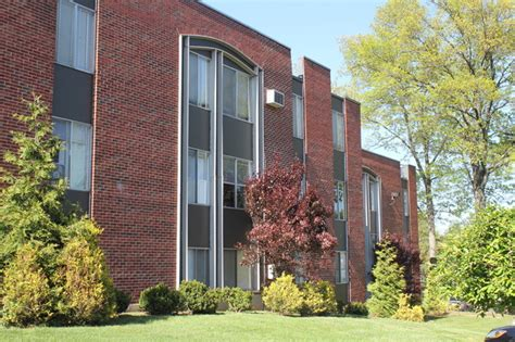 Springwood Gardens by Springwood Gardens Apartments Apartments New Britain Ct