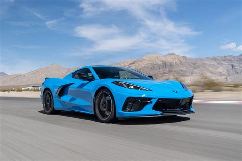 Review: The 2020 Chevrolet Corvette sticks its mid-engine ...