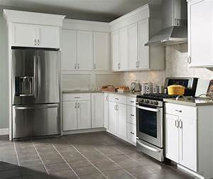 Thermofoil kitchen cabinets aristokraft cabinetry for What kind of paint to use on kitchen cabinets for lampes papier