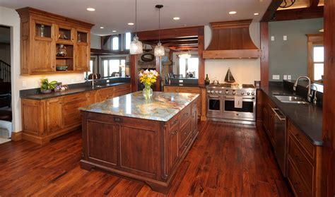 Mullet Cabinet ? Knotty Cherry Lake House Kitchen