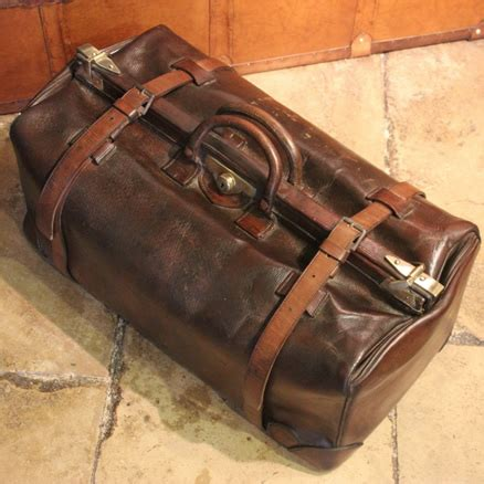 vintage leather for antique leather trunks uk antique leather luggage 8839