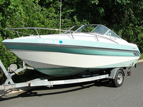 20 Foot Boat With Cabin by Thompson 20 Ft Carrara Cuddy Cabin 1992 For Sale For 1