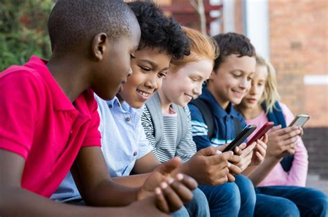 apps  parents  monitor kids mobile