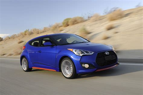 hyundai veloster turbo  spec front photo marathon
