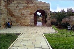 Pavimento per esterno: La Pietra Taurina pavimenti per esterni in pietra naturale
