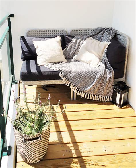 canapé de balcon aménager un balcon