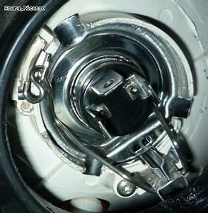 Feux De Croisement C3 : comment changer l 39 ampoule du feu avant droit forum xsara picasso xsara picasso ~ Medecine-chirurgie-esthetiques.com Avis de Voitures