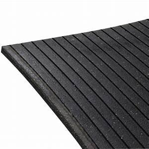 tapis en caoutchouc 4 pi x 6 pi carpettes d39interieur et With tapis de caoutchouc recyclé