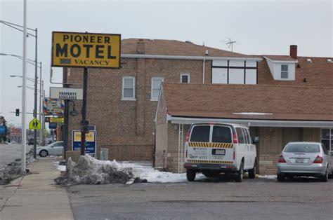brookfield  motels  shape  articles news