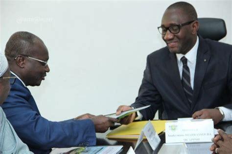 chambres consulaires artisanat et pme le ministre souleymane diarrassouba a