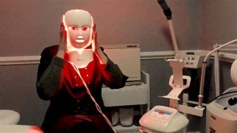 Anti-aging, anti-wrinkle treatment: See the Opera LED Mask