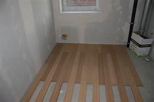 Lame Pvc Salle De Bain : parquet flottant salle de bain avec parquet flottant pvc ~ Melissatoandfro.com Idées de Décoration