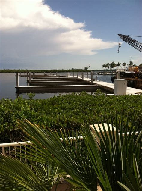 Boat Marina Cape Coral by New Docks Going In At Tarpon Point In Cape Coral Boating