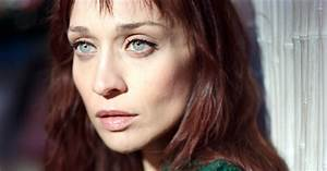 "Listen to ""Tiny Hands,"" Fiona Apple's Anti-Trump Protest ..."