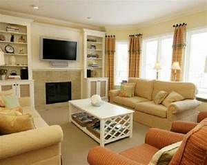 small room design small family room decorating ideas With family living room decor ideas