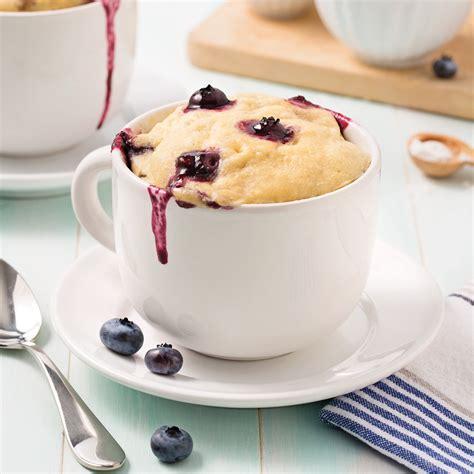cuisine uretre et dessert mug cake aux bananes et bleuets recettes cuisine et