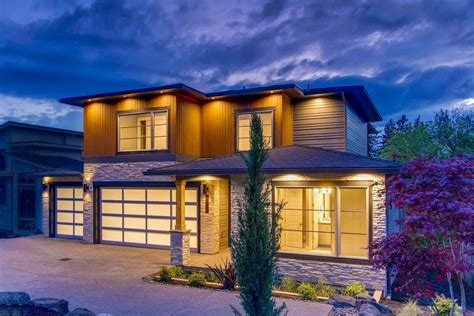 Large Modern House Plans Garage — Modern House Plan