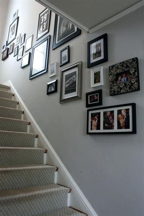 Flur Streichen Grau by Lively Small Stairs And Landing Decorating Ideas