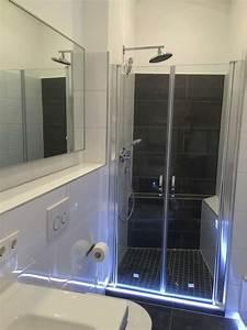 Dusche Fliesen Wasserdicht : aluprofil led lichtleiste eingefliest als beleuchteter ~ Michelbontemps.com Haus und Dekorationen