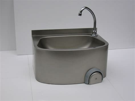 Stainless Steel Knee Operated Hand Wash Basin