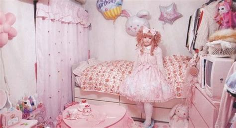 bedroom with lights a room for dolls peachcandies 10771