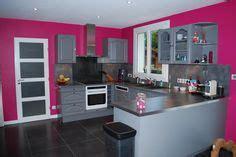 quelle couleur avec une peinture rose dans chambre salon