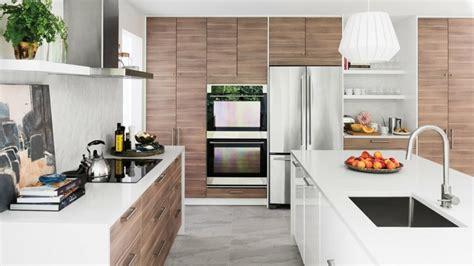 cuisine marron et blanc cuisine ikea conçue pour tous les goûts et budgets