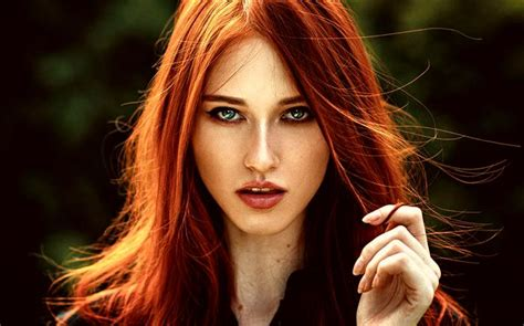Beautiful Red Haired Women Pictures