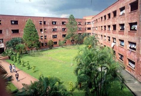 jahangirnagar university student dormitories view from 3rd floor to courtyard archnet