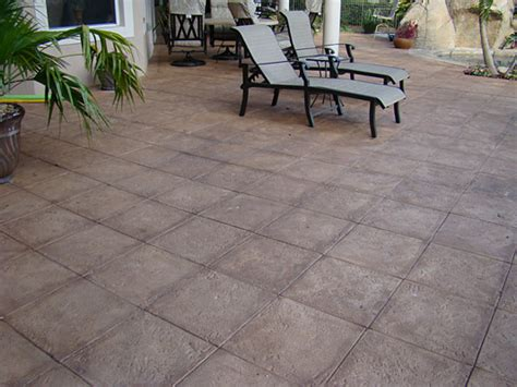 staining patio pavers 17 best images about pavers on