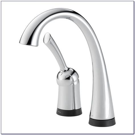 delta savile kitchen faucet delta savile bronze kitchen faucet leaking outdoor faucet